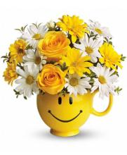 Smiley Mug Bouquet (Yellow & White)